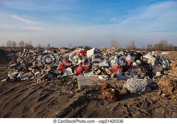 mise en décharge, déchets - csp21420336