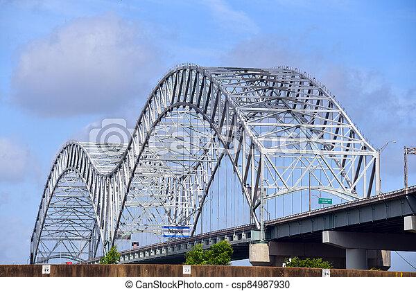 Mississippi Arch Bridge Memphis - csp84987930