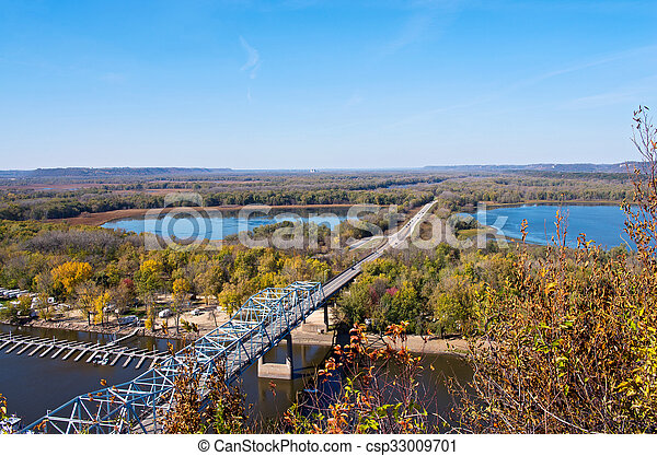 Mississippi River from Barn Bluff - csp33009701