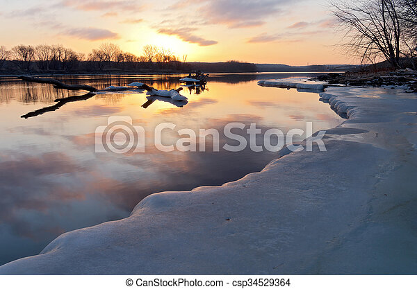 Mississippi River Sunrise - csp34529364