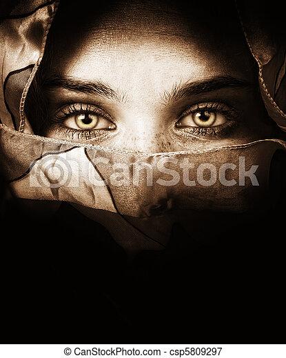misteriosa, olhos, mulher, sensual - csp5809297