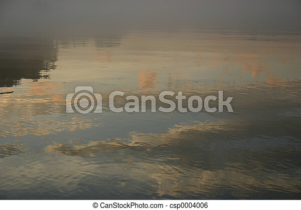 Misty waters - csp0004006