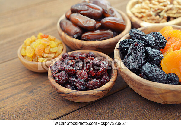Mix of dried fruits - csp47323967