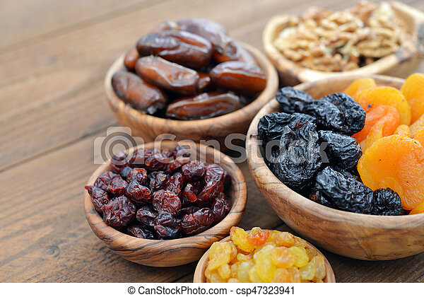 Mix of dried fruits - csp47323941