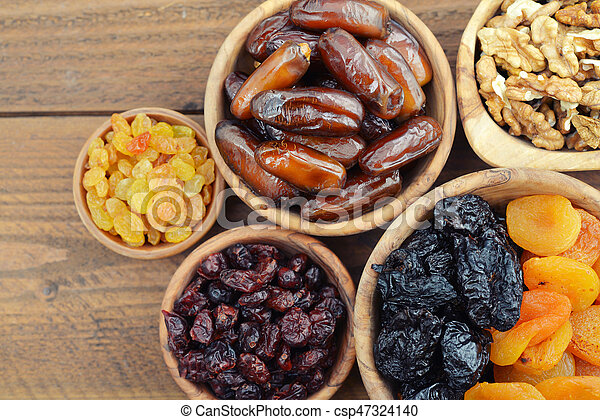 Mix of dried fruits - csp47324140