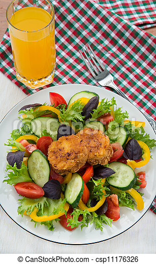Mixed vegetable salad with cheese toasts - csp11176326