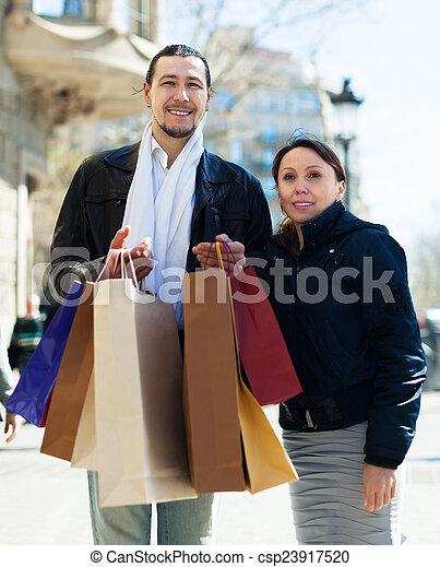 mnóstwo, para, sędziwy, zakupy, środek - csp23917520