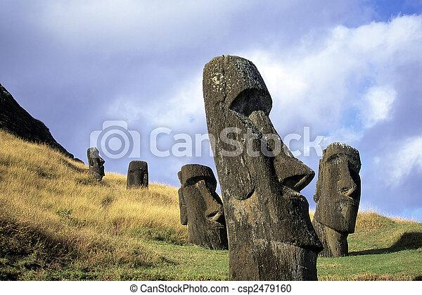 moai-, イースター島, チリ - csp2479160