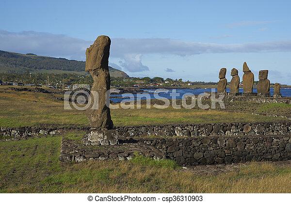 moai, pascua, estatuas, chile, isla - csp36310903