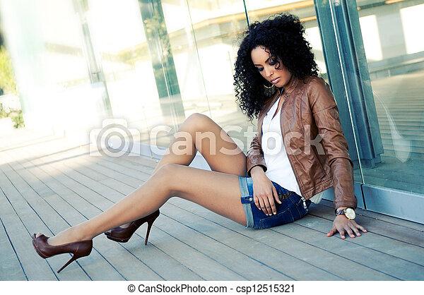 moda, giovane, donna nera, ritratto, modello - csp12515321