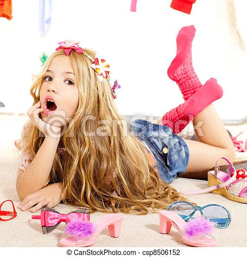 moda, guardarropa, bastidores, víctima, desordenado, niña, niño - csp8506152
