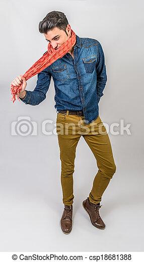 Joven de la moda - csp18681388