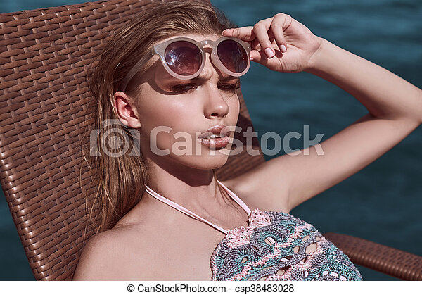 Badpak Mode.Mode Gebreid Meisje Verleidelijk Badpak Strand Krijgen Mode