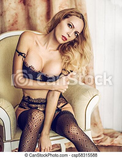 modelo, langerie, sala, renda, mulher, excitado - csp58315588