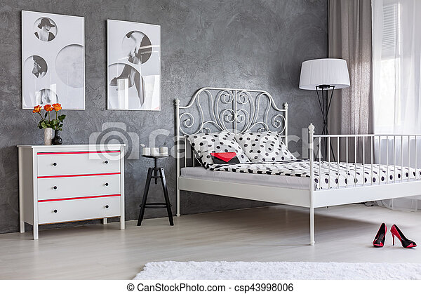 Modern Decor Of Bedroom Modern Decor Of Spacious Woman S Bedroom With Big Fancy Bed Canstock