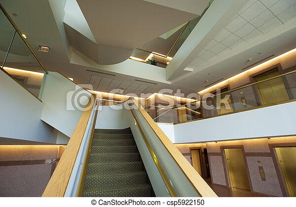 Escalera moderna - csp5922150