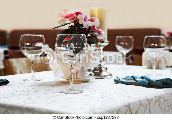 Restaurante moderno - csp1227293
