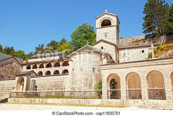 Monasterio Ortodox en Cetinje, Montenegro - csp11830701