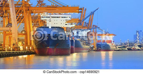 mondiale, international, grue, lourd, panorama, beau, exportation, yard, importation, usage, commerce, crépuscule, bateau, scène, industrie - csp14690921