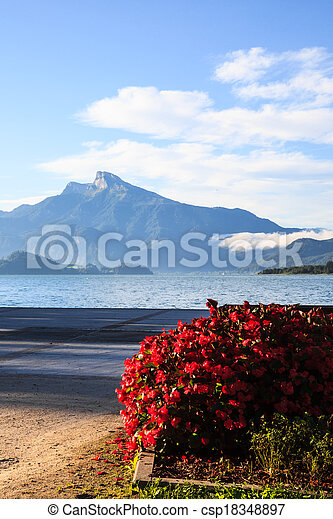 Mondsee lake in the morning - csp18348897