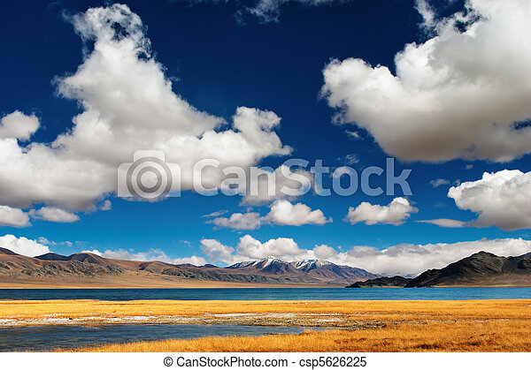 mongolian, 風景 - csp5626225