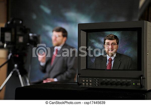 moniteur, tv, projection, conversation, appareil photo, studio, production, homme - csp17445639