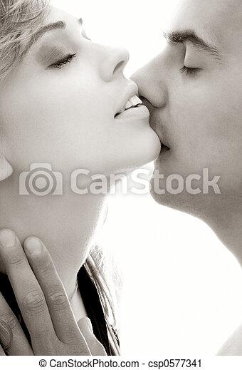 monocromatico, bacio, gentile - csp0577341