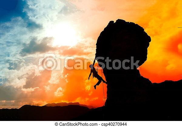 montaña, colorido, casi, cielo, cima, solitario, ocaso, trepador - csp40270944