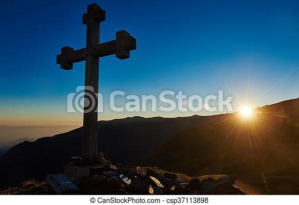 montaña, cruz, señal, ocaso, pico, pase - csp37113898