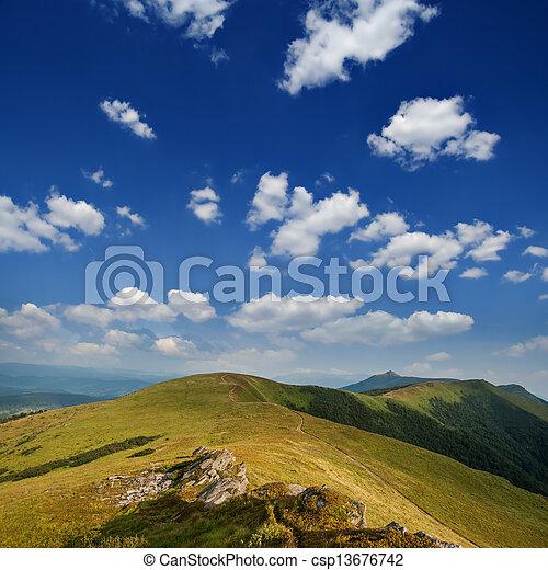 Montaña - csp13676742