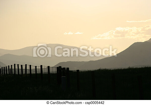 montañas, desvanecimiento - csp0005442