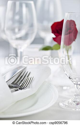 montaggio cena, romantico - csp9056796
