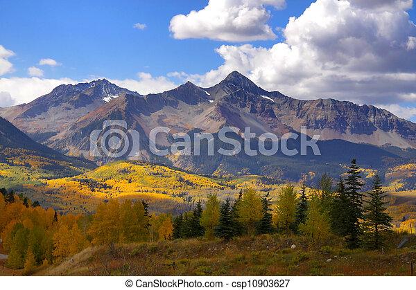 montagna, roccioso, picchi - csp10903627
