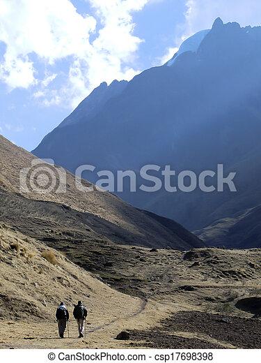 montagna, trekking - csp17698398