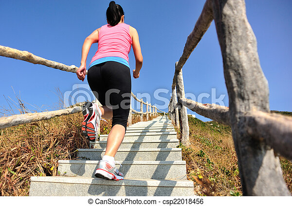 montagne, courant, femme, sports - csp22018456