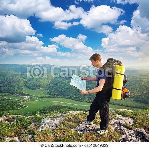 montagne, touriste, homme - csp12849029