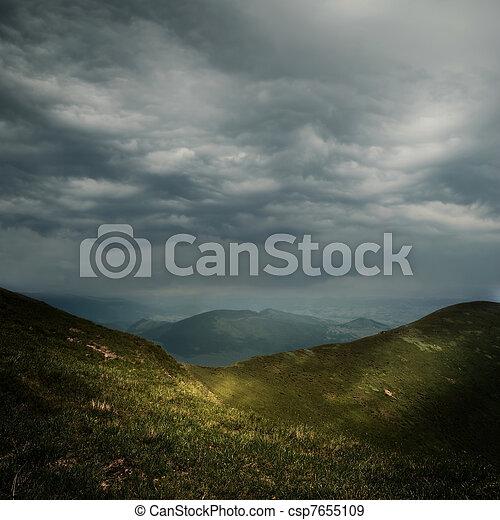 montagnes, sur, nuages, orage - csp7655109
