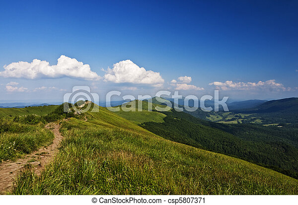 montagnes, vert - csp5807371
