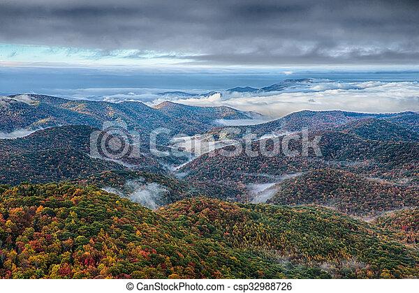 montanhas azuis, cume, panorâmico, parque nacional, outono, amanhecer, parkway, paisagem - csp32988726