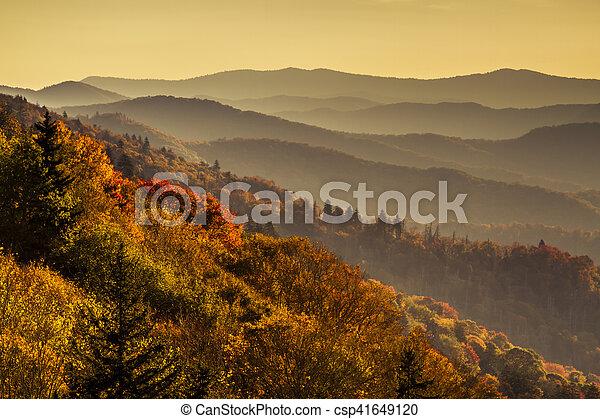montanhas, grande, esfumaçado, parque, outono, nacional - csp41649120