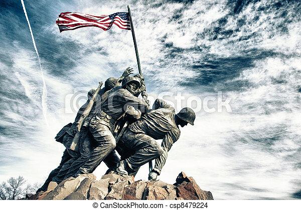 Cuerpo de Marines conmemorando la guerra - csp8479224