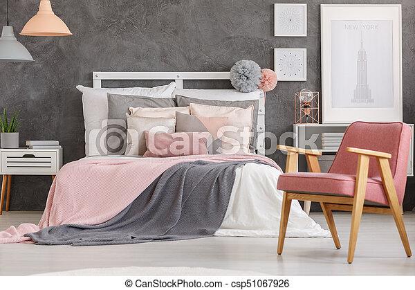Slaapkamer Lamp Roze : Mooi en gracieus meiden slaapkamer roze koper king size