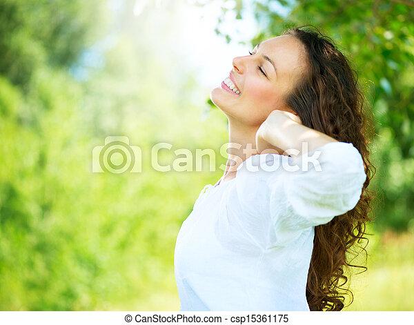 mooi, genieten, vrouw, natuur, outdoor., jonge - csp15361175