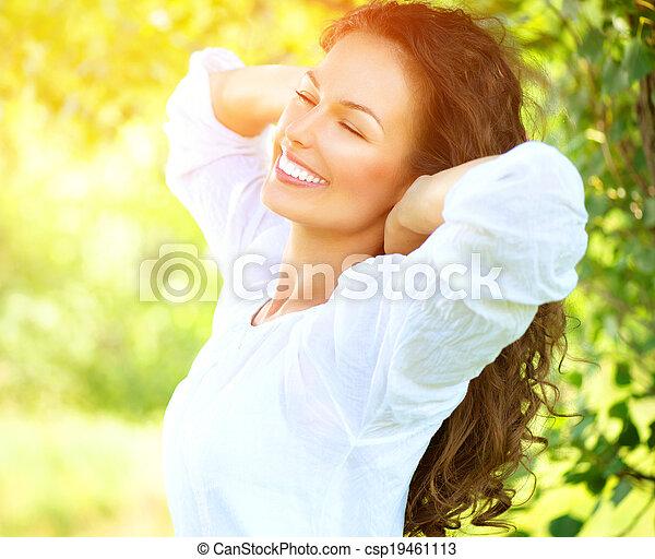 mooi, genieten, vrouw, natuur, outdoor., jonge - csp19461113