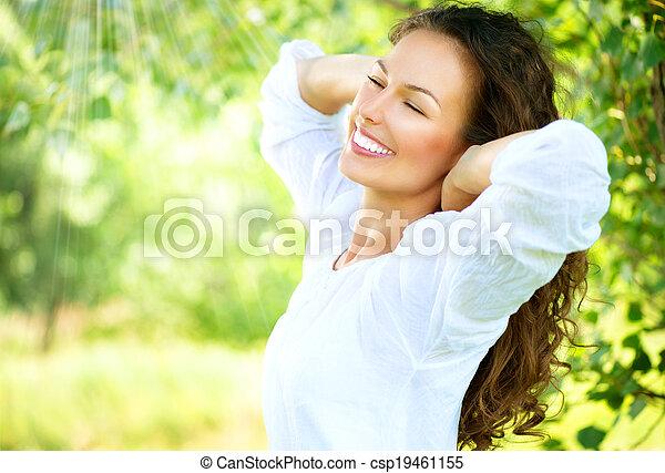 mooi, genieten, vrouw, natuur, outdoor., jonge - csp19461155