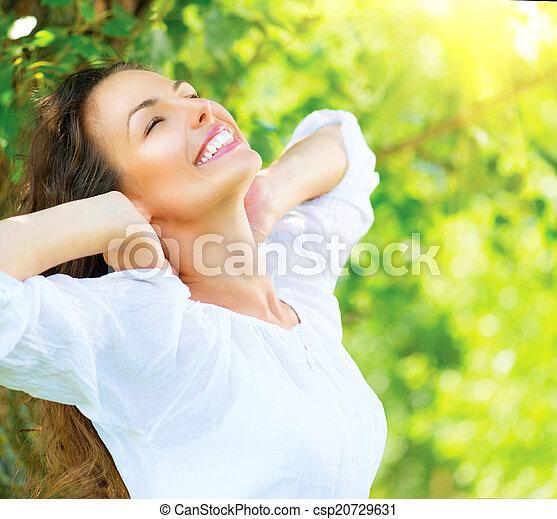 mooi, genieten, vrouw, natuur, outdoor., jonge - csp20729631