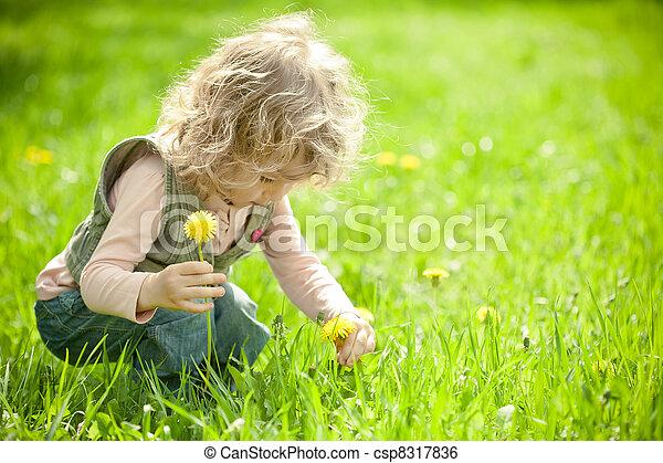 mooi, kind, bloemen, oogsten - csp8317836