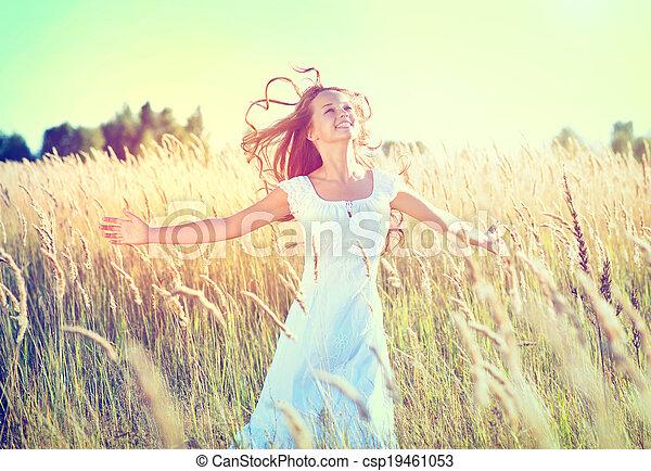 mooi, tiener, natuur, buitenshuis, meisje, het genieten van - csp19461053