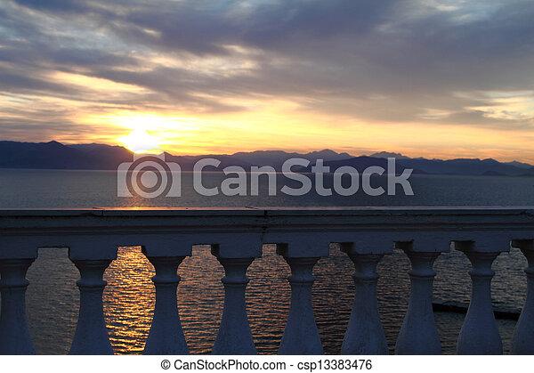 mooi, zee, boven, balkon, zonopkomst, aanzicht - csp13383476