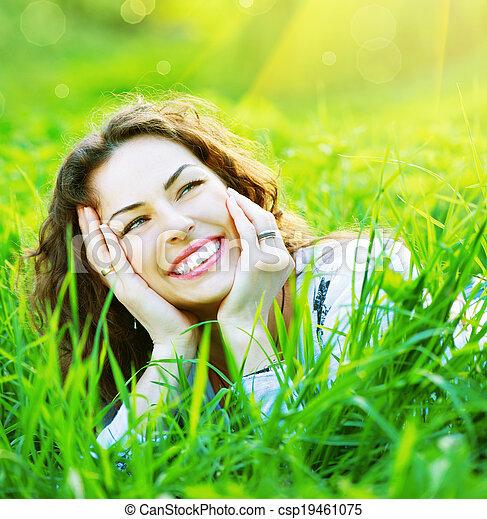 mooie vrouw, natuur, lente, jonge, buitenshuis, het genieten van - csp19461075